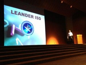Tyler Carroll with Servuss pitching at Longhorn Startup Demo Day, photo by Longhorn Entrepreneur Agency