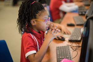 Hello World and RetailMeNot Work Together to Bring STEM Opportunities to Austin Students